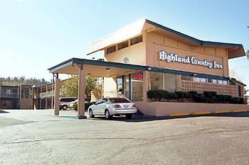 ‪Highland Country Inn‬
