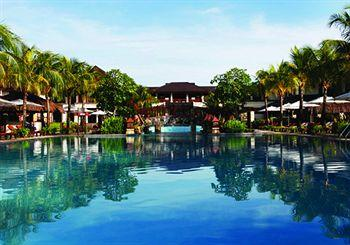 Photo of Crimson Resort and Spa, Mactan Lapu Lapu