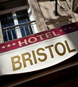 Photo of Bristol Hotel Avignon