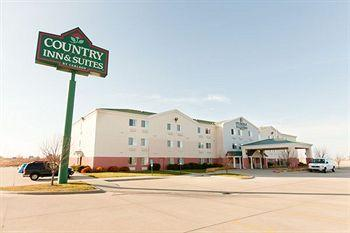 Country Inn & Suites Cedar Rapids Airport