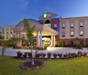 Photo of Holiday Inn Express Hotel & Suites Deer Park