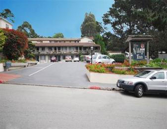 Photo of Carmel Village Inn