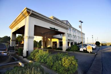 Photo of BEST WESTERN PLUS Shamrock Inn & Suites