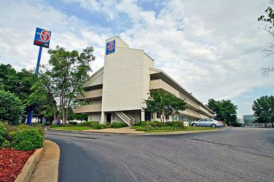 Photo of Motel 6 Memphis Downtown