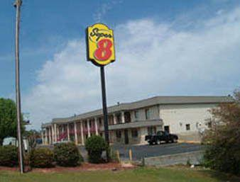Super 8 Motel - Laurel