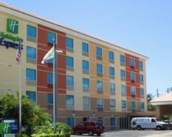 Holiday Inn Express Ft. Lauderdale Convention Center-Cruise