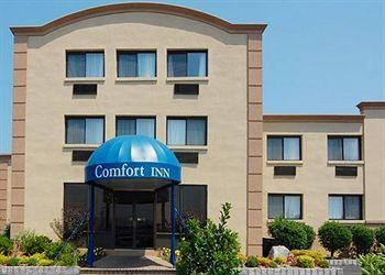 Photo of Comfort Inn Edgewater