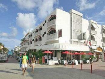 Photo of Hotel Jungla Caribe Playa del Carmen