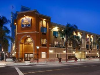 BEST WESTERN PLUS at the Convention Center Hotel
