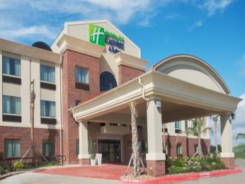 Photo of Holiday Inn Express Hotel & Suites Winnie