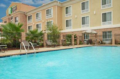 Photo of Holiday Inn Express Hotel & Suites Alexandria