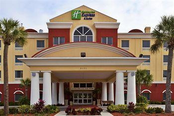‪Holiday Inn Express Hotel & Suites St. Petersburg North I-275‬