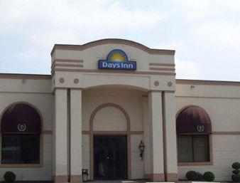 Days Inn Butler-Conference Center