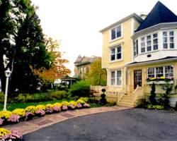 Photo of Bedham Hall Bed and Breakfast Niagara Falls