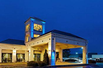 ‪Holiday Inn Express Hotel & Suites Hunstville-University Drive‬