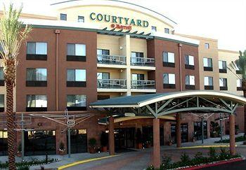 ‪Courtyard by Marriott Los Angeles Burbank Airport‬