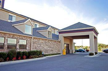 ‪BEST WESTERN PLUS Tulsa Inn & Suites‬