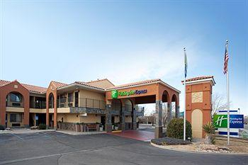 ‪Holiday Inn Express Albuquerque (I-40 Eubank)‬