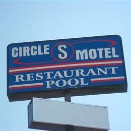 Circle S Motel