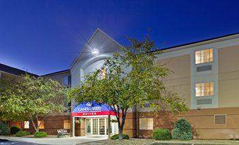 Candlewood Suites St. Louis Earth City