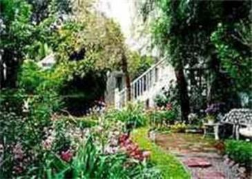 Photo of Victorian Garden Inn Sonoma