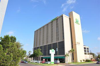 ‪Holiday Inn Laredo-Civic Center‬