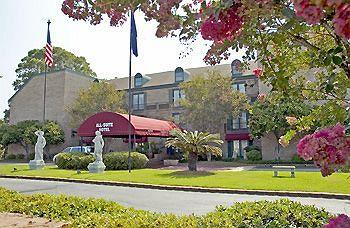Best Western Chateau Louisianne