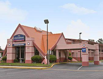 Howard Johnson Inn Lumberton