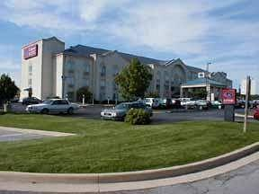 Comfort Suites's Image