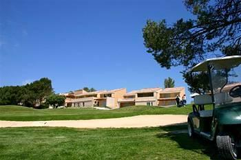 Photo of Madame Vacances Residence Provence Country Club Saumane-de-Vaucluse