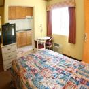 Glen Capri Inn & Suites - San Fernando Road