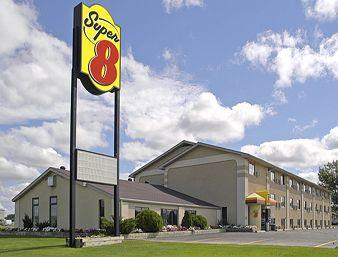 Super 8 Watertown