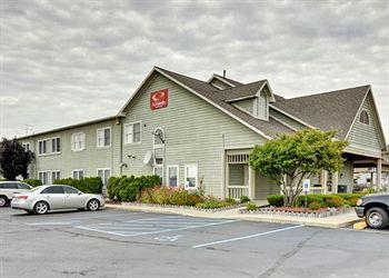 Photo of Econo Lodge & Suites Grand Rapids