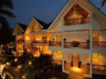 ‪Pinjalo Resort Villas‬