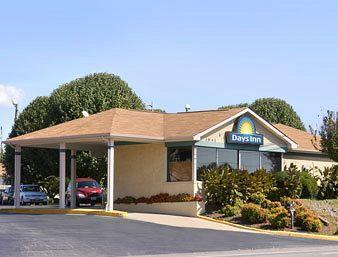 Photo of Days Inn Martinsville Ridgeway