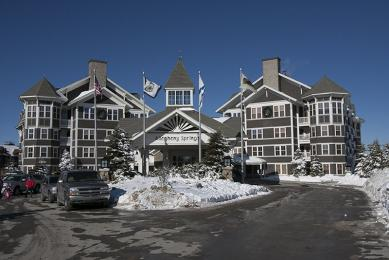 ‪Allegheny Springs Condos at Snowshoe Mountain‬
