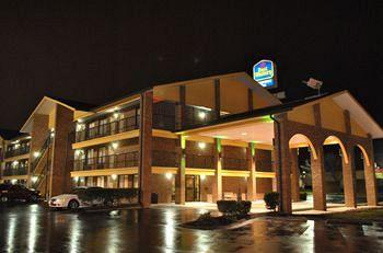 ‪BEST WESTERN Fairwinds Inn‬