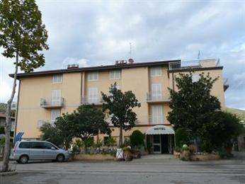 Photo of Hotel La Darsena Passignano Sul Trasimeno