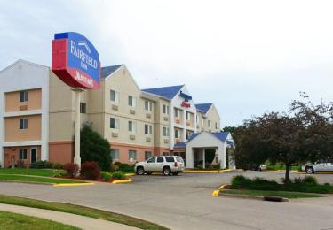 ‪Fairfield Inn Muscatine‬