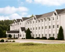 Photo of Microtel Inn & Suites  Manistee