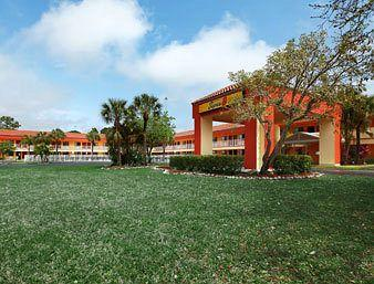 Photo of Super 8 Motel Naples/Marco Island