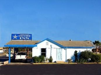 Carrizo Springs Executive Inn
