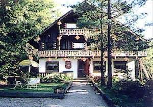Grunberg Haus Bed and Breakfast and Cabins