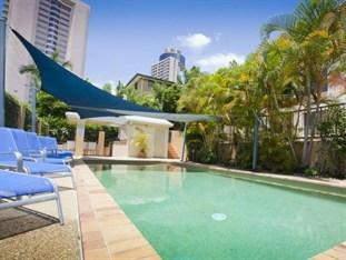 Photo of Coolamon Holiday Apartments Surfers Paradise