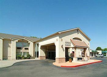 Photo of Quality Inn & Suites Hotel Circle Albuquerque