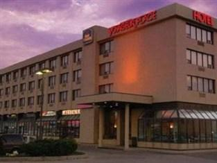 Photo of Best Western Voyageur Place Hotel Newmarket