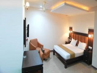 Hotel Vrindavan Regency