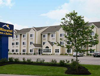 Photo of Microtel Inn & Suites Dover