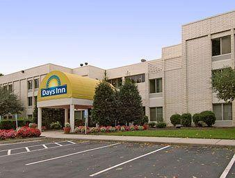 Photo of Days Inn Oyster Point Newport News
