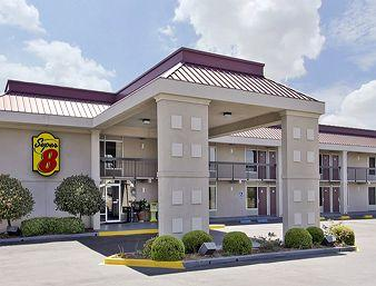 Photo of Super 8 Tifton